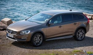 163224_volvo_v60_cross_country_model_year_2016_880x500