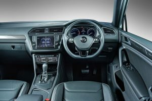 new-tiguan-interior_001_880x500