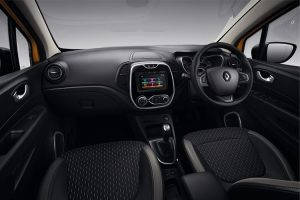 captur-dynamique-interior-rhd_880x500